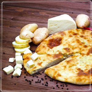Пирог с сыром и картофелем (картофджин)